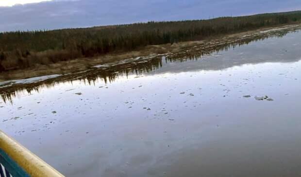 Разлив нефтепродуктов «ЛУКОЙЛ-Коми» снова загрязняет Колву