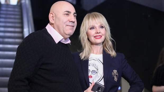 Иосиф Пригожин поспорил схудруком МХАТа из-за приглашения вместо Валерии Бузовой