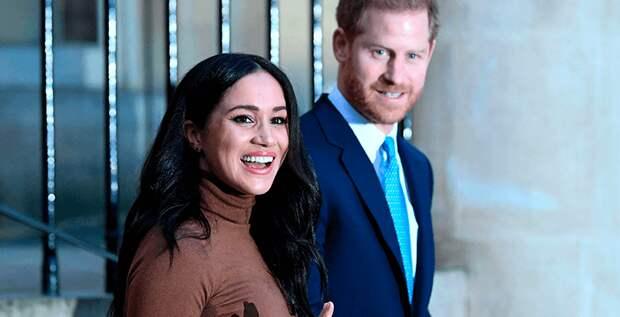 Меган Маркл и принц Гарри сложили с себя королевские обязанности