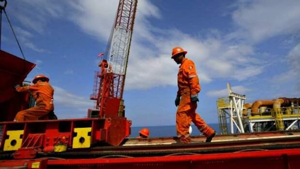 Мексика может закрыть 19 месторождений нефти