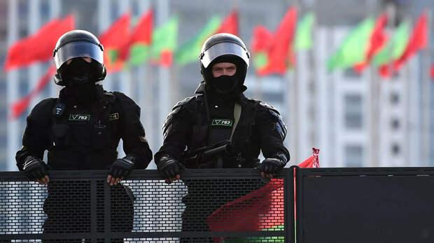 Лукашенко заявил о риске начала гражданской войны в Белоруссии