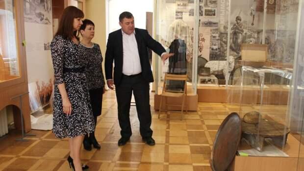 Сотрудники Крымского этнографического музея готовят новую экспозицию