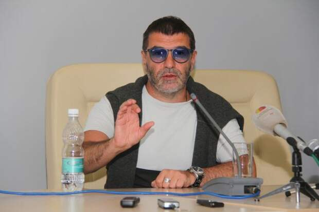 Гришковец рассказал, что готовится к экспедиции на Северный полюс