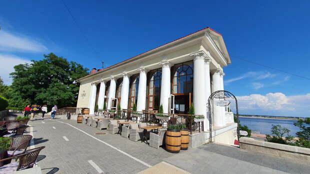 Ресторан Гарни Онегин. Волгоград
