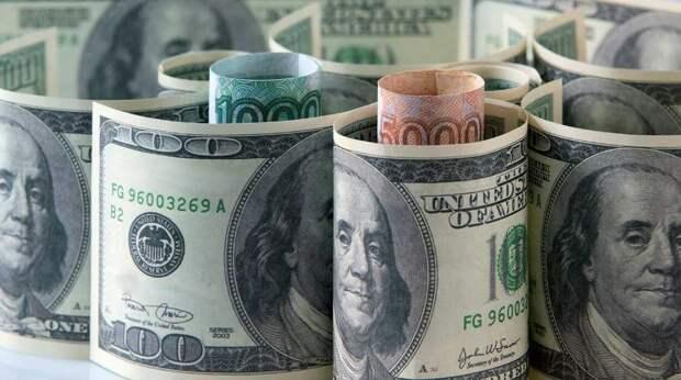 США стремятся сделать доллар по 125 рублей - финансист