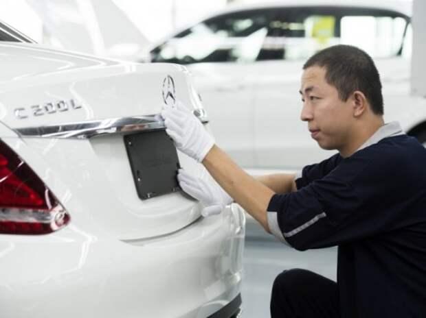 Китай обвинили в давлении на иностранных автопроизводителей