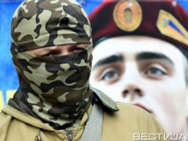 Семенченко заявил, что бойцов, попавших в окружение, предали