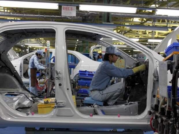 Toyota сегодня приостановила работу 12 заводов в Японии