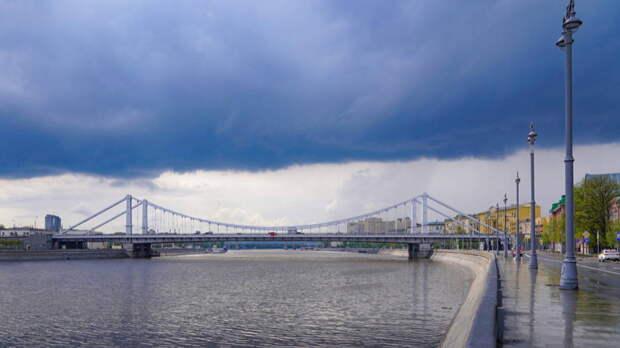 Конец аномальной жары предсказали россиянам