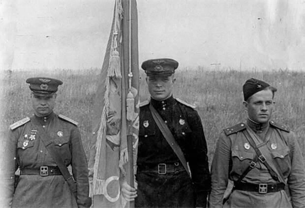 Загадка судьбы: как советский летчик Иван Даценко стал вождем индейского племени