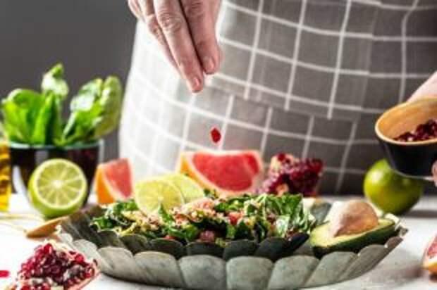 Много соуса и овощей. Рецепты горячих блюд для летнего ужина