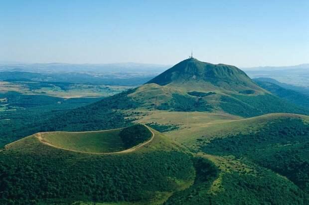 Зелёные вулканы Франции
