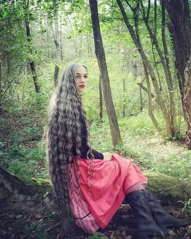 Жизнеутверждающие истории женщин, которые приняли иполюбили свою седину