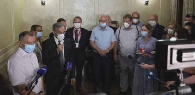 Европейцы наблюдают за голосованием крымчан по изменениям в Конституцию