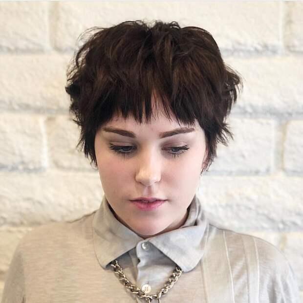 Стрижка шегги с челкой 2021: модные идеи для дам с разной структурой волос