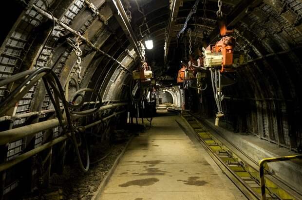 На Кузбассе из-за выброса угля и газа обрушилась шахта