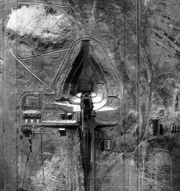 Стартовый стол на полигоне Тюратам. Снимок сделан во время одного из первых полетов U-2 над территорией СССР. Фото: U.S. Air Force