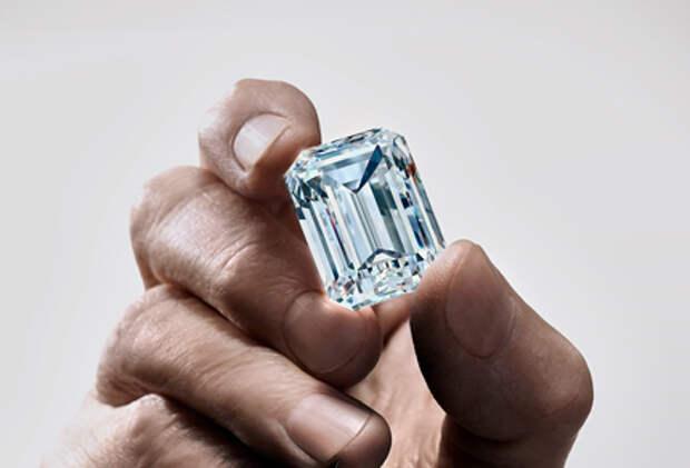 Крупнейший в истории России бриллиант оценили более чем в $14 млн