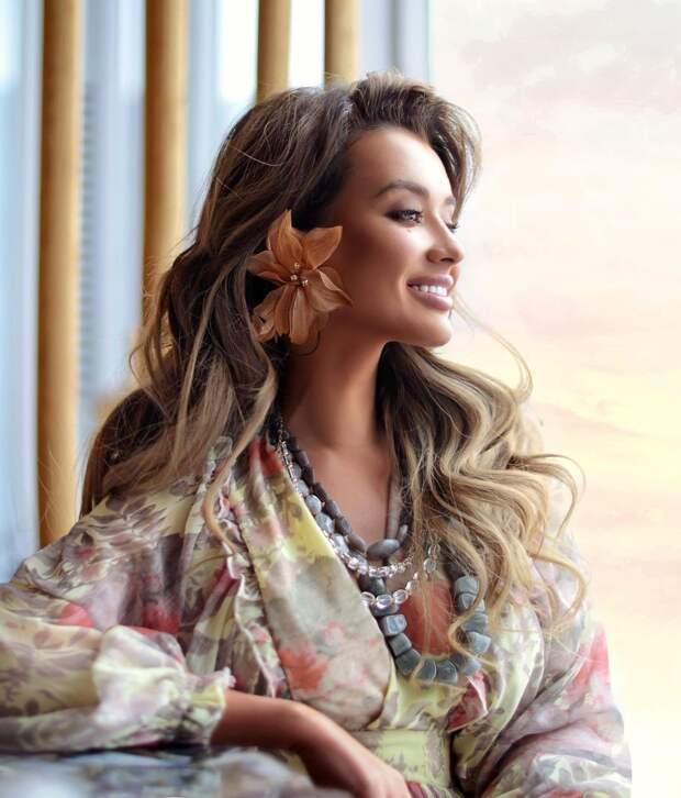 Оттенки волос, которые выбирают богатые и роскошные женщины (+12 фото)