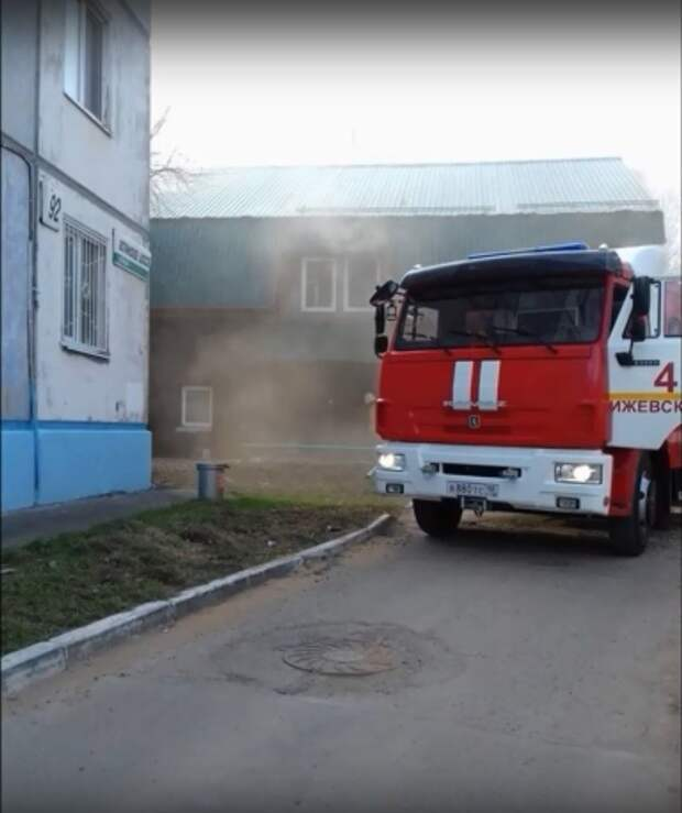 Пожар произошел рано утром в сауне в Ижевске