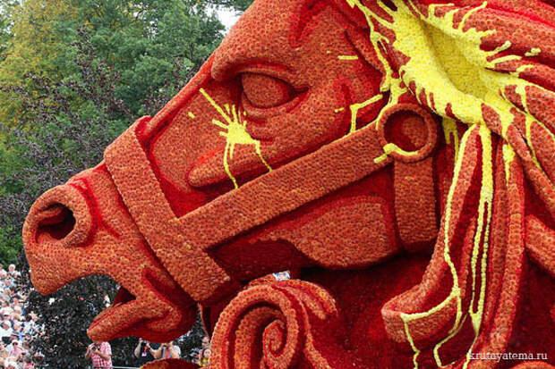 Парад цветочных скульптур