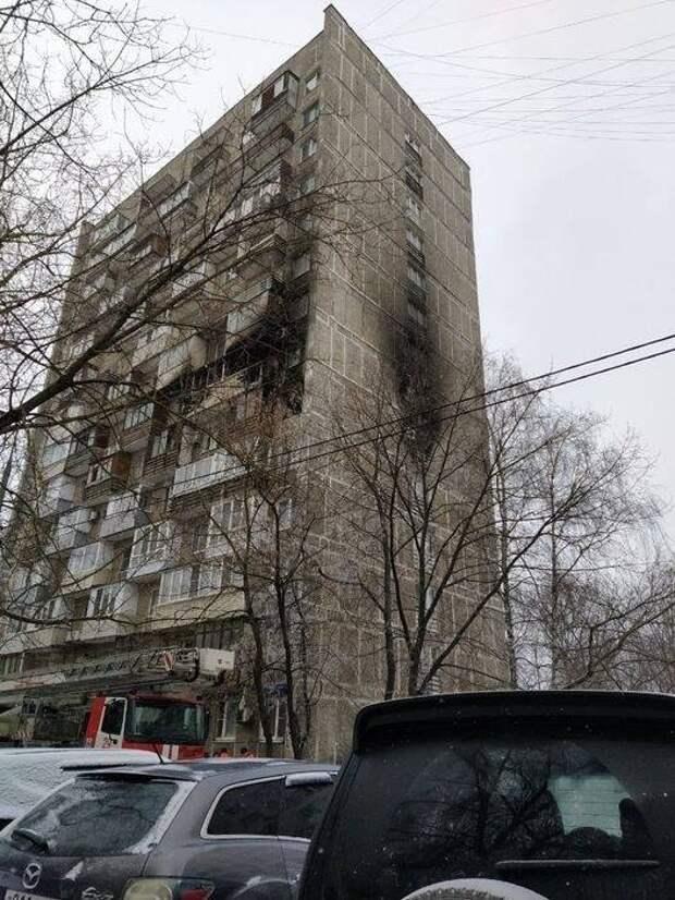 14 человек спасли из жилого дома во время пожара в Хорошёво –Мнёвниках