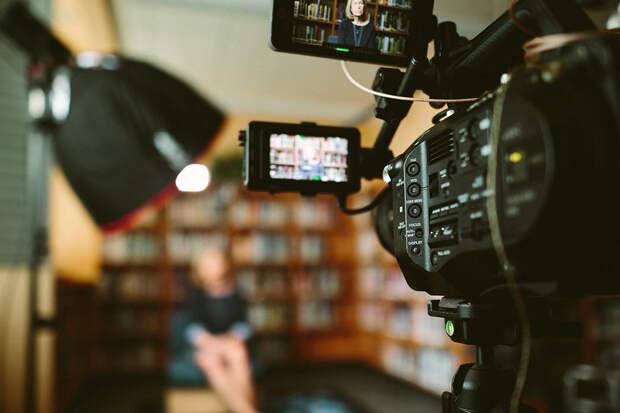 Журналисты закрытых украинских телеканалов запустили новый канал