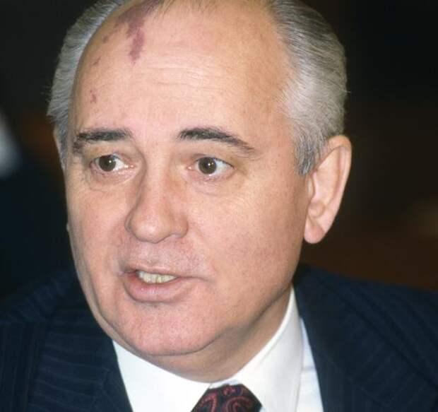 Владимир Путин поздравил «выдающегося государственного деятеля современности» Михаила Горбачева с юбилеем