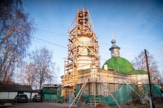 Крест с одного из старейших храмов Удмуртии отреставрировали в Казани
