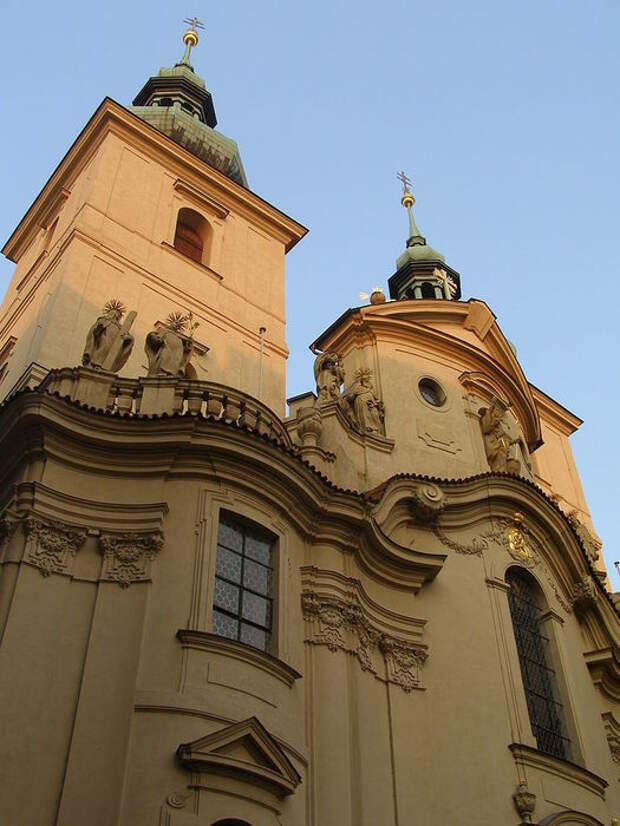Church_of_the_Virgin_Mary_Before_Tyn_(8349054152) (525x700, 69Kb)