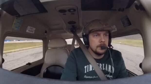 Известный ведущий с женой погибли при крушении самолета в Подмосковье
