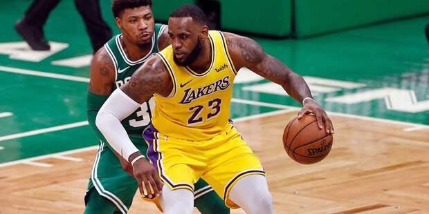 «Лос-Анджелес Лейкерс» выиграл у «Нью-Орлеана» в матче НБА