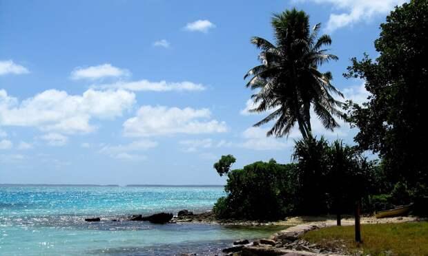 Острова Кирибати «приподнимут» грунтом, поднятым с морского дна