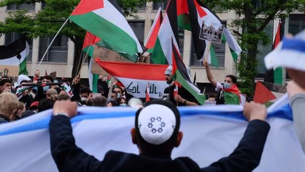 В Иерусалиме произошли новые столкновения израильской полиции с палестинцами