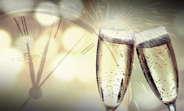 Эксперт дал советы по выбору шампанского на Новый год