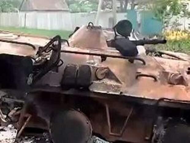 Новость на Newsland: Порошенко: часть колонны бронетехники из РФ уничтожили ночью