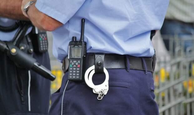 Полицейские пресекли попытку сбыта наркотиков на Ходынском бульваре