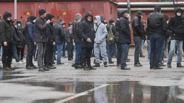 «Как подразумевает указ президента»: в МВД призвали страны СНГ забрать оставшихся из-за пандемии нелегальных мигрантов