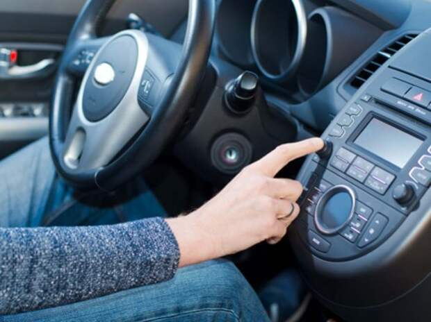Владельцы недавно приобретенных автомобилей пожаловались на Bluetooth