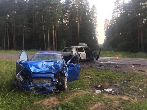 Два человека погибли и один пострадал в ДТП в Сарапуле