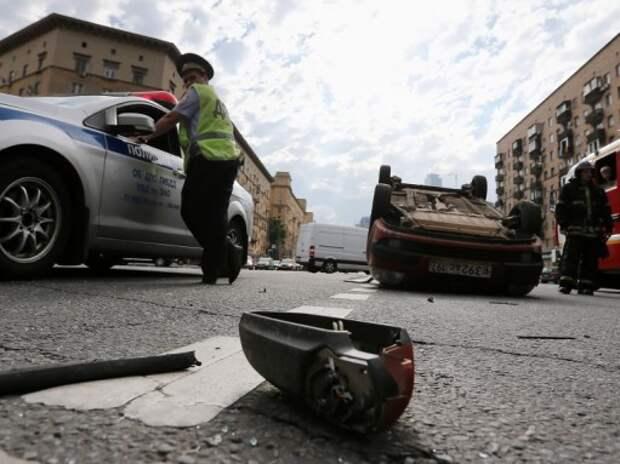 Московская полиция ужесточает борьбу с пьяной ездой своих сотрудников