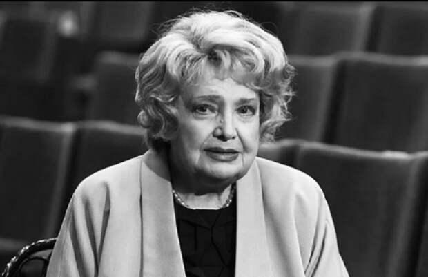 Надеюсь, Татьяна Доронина и её бойцы за правду и искусство смогут что-то ответить Боякову