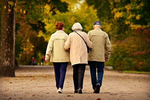 Сразу 3 изменения в деньгах ждут миллионы пенсионеров с 1 октября