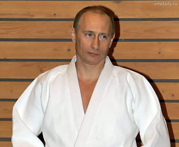 """Глава Японии """"стравливает"""" президентов РФ и Монголии"""