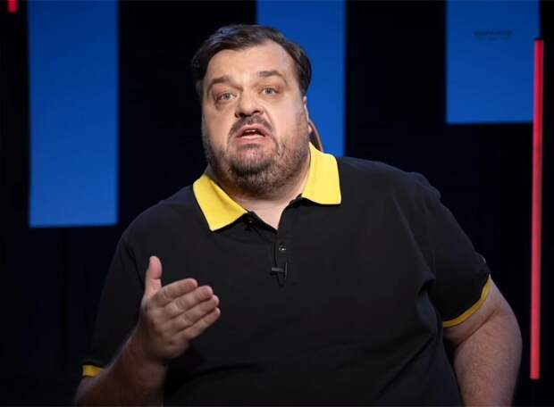 Василий Уткин призвал футболистов не обращать внимания на упавших игроков «Ахмата»: «Хоть инфаркт»