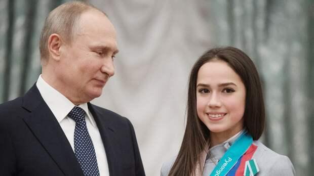 Загитова проголосовала по поправкам в Конституцию и поддержала Путина