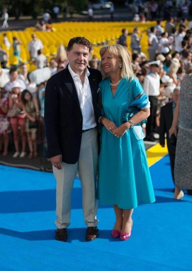 «Ему 62, а ей 80»։ как выглядит красавица-жена актёра Сергея Маковецкого