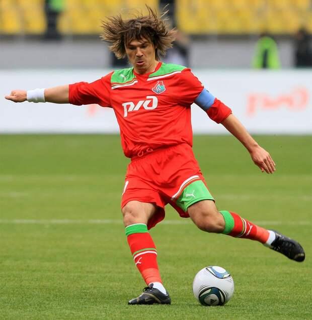 Оздоев в 28 готовится стать тренером. Видит сходства Черчесова и Бердыева, обожает Зидана, хочет поучиться у Сарри