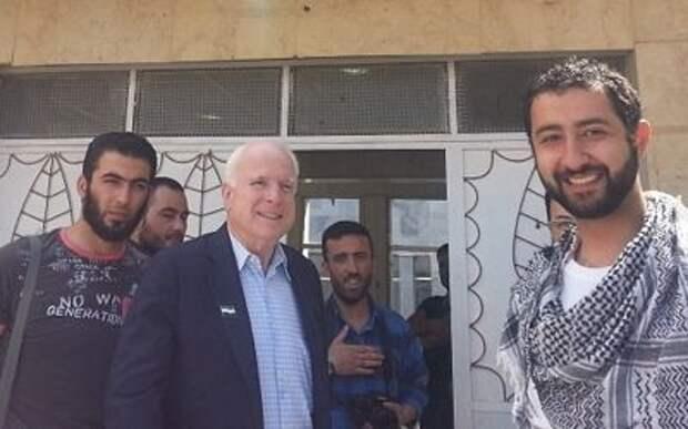 Джон Маккейн и Халиф Ибрагим. Как хорошая сирийская оппозиция превратилась в злых боевиков Ирака