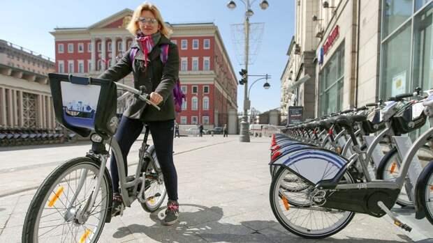 СМИ подсчитали разницу стоимости велопроката в Москве и Петербурге